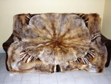 Red fox blanket, natural fur, with center star 190 x 190 cm